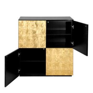 jedna półka w każdej z dwóch szafek